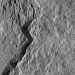 PIA20648-Ceres-DwarfPlanet-Dawn-4thMapOrbit-LAMO-image108-20160126.jpg