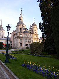 Palacio real de la granja de san ildefonso wikipedia la for Muebles regalados en madrid