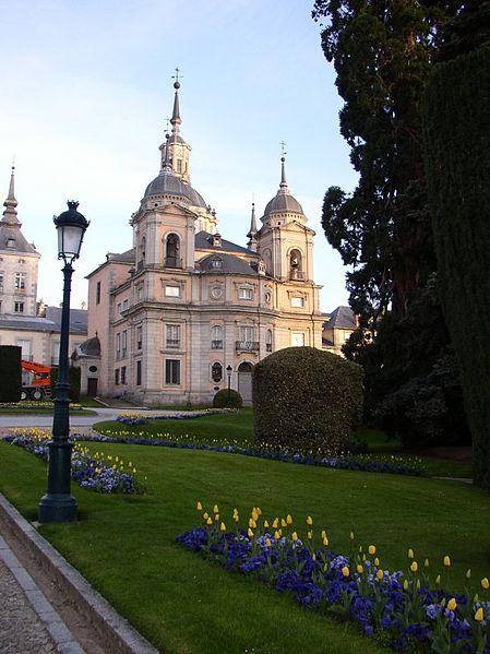 Ficheiro:Palacio La Granja22-7-2003.JPG