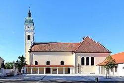 Pamhagen - Kirche (2).JPG