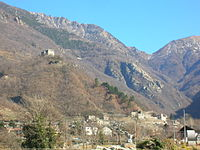 Panorama castelli di Arnad 1.JPG