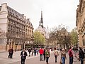 Paris 75004 Rue de Lutèce west 20140406.jpg