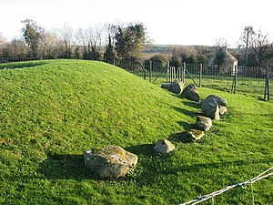 Townleyhall passage grave - Side view
