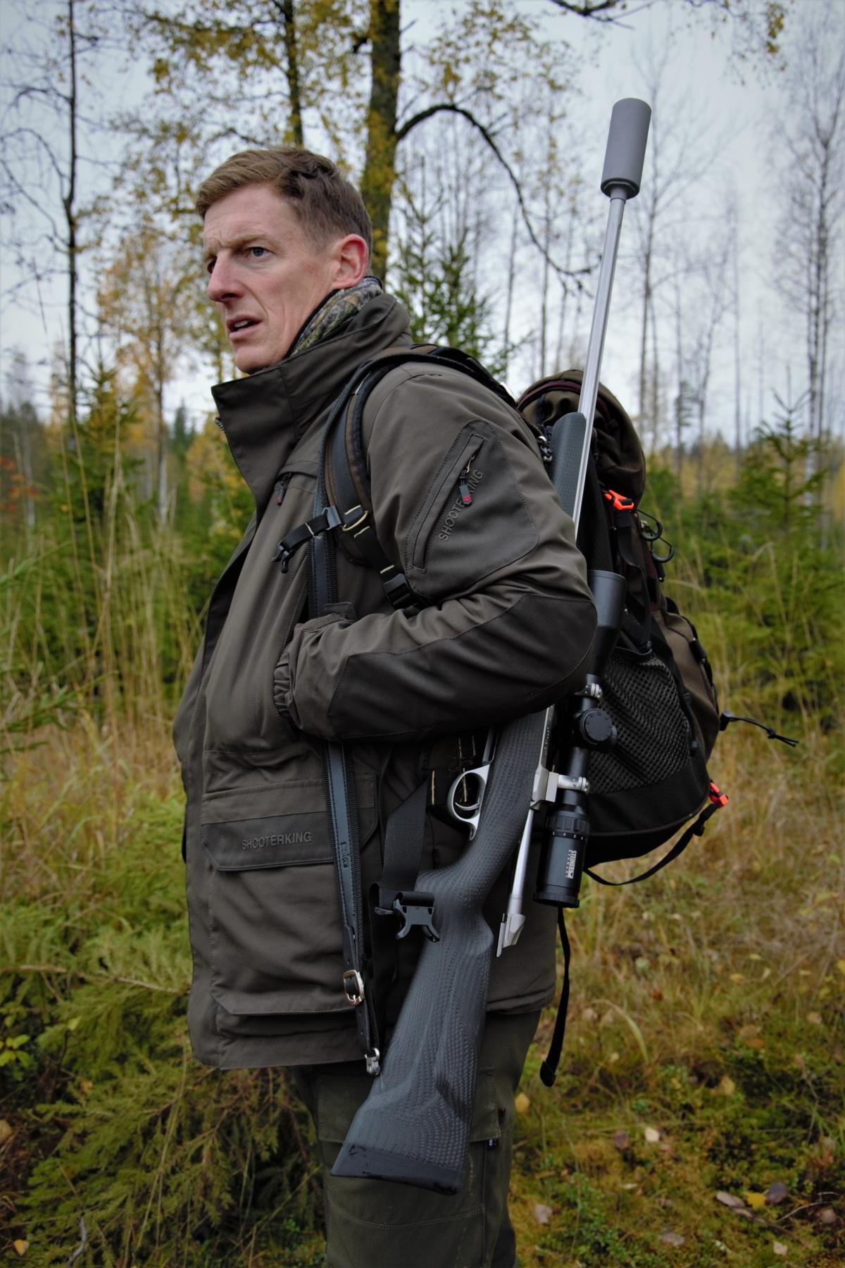 Professional hunter - Wikipedia