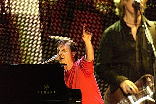 Paul McCartney Moscow.jpg