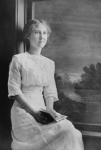Mamie Eisenhower - Mamie at 17