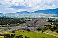 Pirámide de la luna Teotihuacán.jpg