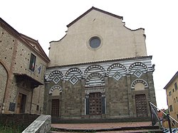 Pistoia church 001.jpg