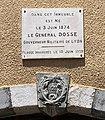 Plaque de l'immeuble natal du Général Dosse à Embrun (France).jpg