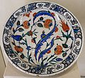 Plate with flowers, Iznik, Turkey, 16th century AD, glazed ceramic - Cinquantenaire Museum - Brussels, Belgium - DSC09086.jpg