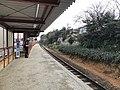 Platform of Kashii-Jingu Station 7.jpg