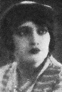 Pola Walter (actress).jpg