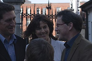 George Lee (journalist) - Lee (right) with Eamon Ryan (left) and Déirdre de Búrca (centre) at the second Lisbon Treaty referendum.