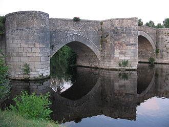 Gartempe - The Gartempe bridge in Saint-Savin.