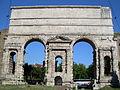 Porta Maggiore Roma.JPG