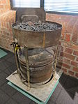 Portable forge used for riveting ships, Merseyside Maritime Museum (2).JPG