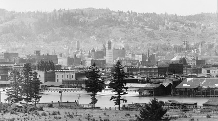 Downtown Portland in 1898 Portland Oregon waterfront 1898.tif