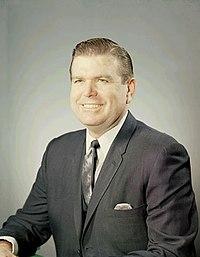 Portrait officiel de W. Marvin Watson.jpg