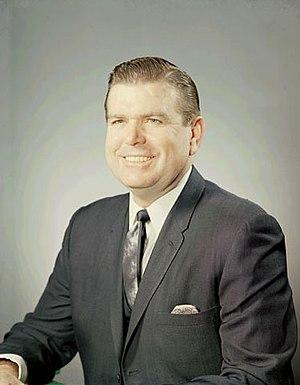 W. Marvin Watson - Image: Portrait officiel de W. Marvin Watson
