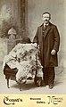 Portrett av Axel Ludvig Larsen a.k.a. Louis A. Larson (1865 - 1909) (8684600436).jpg