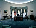 President John F. Kennedy's HMS Resolute Desk in the Oval Office.jpg