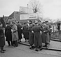 Prins Bernhard met Generaal Majoor A.T.C. Opsomer bij legeroefening op de Veluwe, Bestanddeelnr 904-4749.jpg