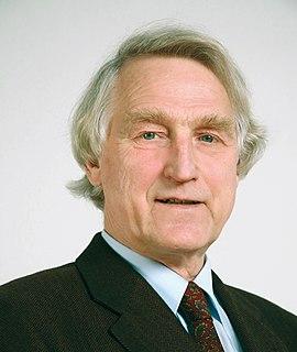 Joachim Luther British scientist