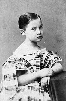 BASILEVS TON ELINON:Yorgos Alfa - Página 2 220px-Queen_Olga_of_Greece_as_a_child