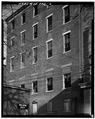 REAR WALL, LOOKING NORTHEAST - Joseph Magrue House, 1413 Western Avenue, Cincinnati, Hamilton County, OH HABS OHIO,31-CINT,30-6.tif
