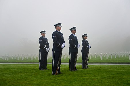 Ramstein AB Airmen honor U.S. veterans in Belgium