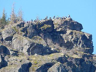 Rattlesnake Ridge - Rattlesnake Ledge weekend crowds