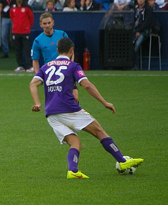 James Holland (footballer) - Holland (right) in action for Austria Wien in 2014