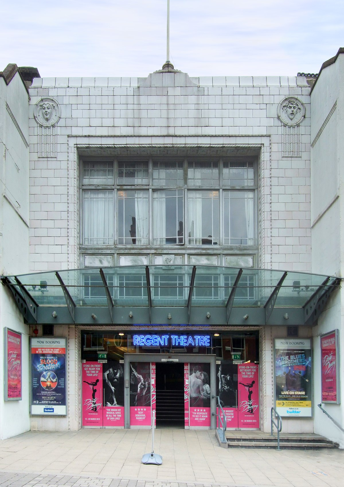 Regent Theatre, Stoke-on-Trent - Wikipedia