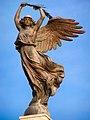 Reggio calabria monumento caduti vittoria alata.jpg