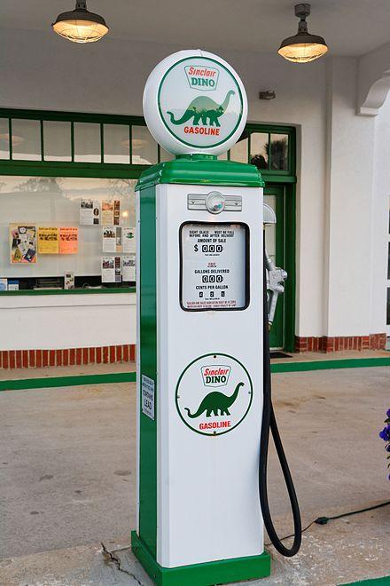 Restored Sinclair gas pump., From WikimediaPhotos