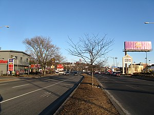 Revere Beach Parkway - Eastbound at Everett Avenue in Everett