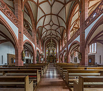 Rheingauer Dom, Geisenheim, Entry and Nave 20140902 2.jpg