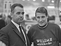 Rik Van Steenbergen (links) met Peter Post in 1967.