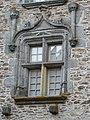 Ségur le Château maison Henri IV fenêtre.JPG