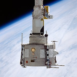 STS-51-F - The Plasma Diagnostics Package (PDP) grappled by the Remote Manipulator System (RMS)