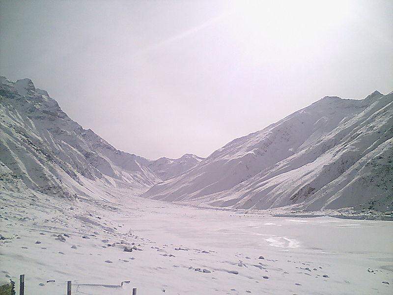 Saiful Muluk Lake (Winters).jpg