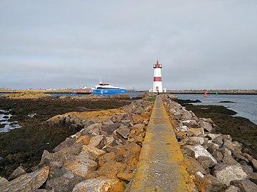 Saint-Pierre-et-Miquelon la Pointe aux Canons.jpg