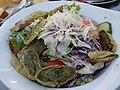 Salatteller mit gebratenen Maultaschen.JPG