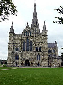 Salisbury - Cathedral - geograph.org.uk - 943957.jpg
