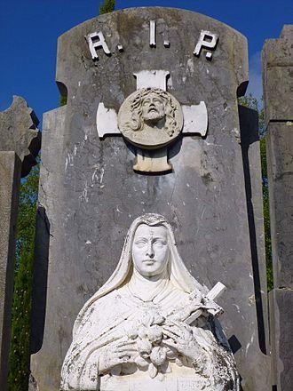 Rest in peace - Image: San Sebastián Cementerio de Polloe 175