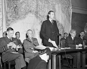 Sandys announces end of London bombing Sept 1944 IWM CH 13827.jpg