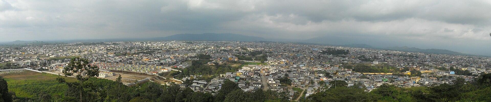 Santo Domingo de los Colorados from Cerro Bombolì (Wikipedia)