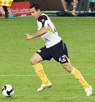 Sasho Petrovski - Petrovski playing for the Central Coast Mariners in 2008