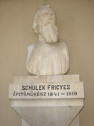 Frigyes Schulek - Bust of Frigyes Schulek, sculpted by Alajos Stróbl