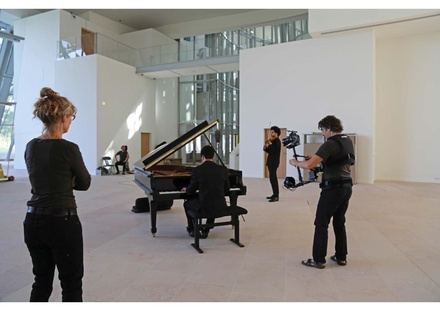 Scott Tixier & Tony Tixier with Janet Cardiff & George Miller at the Louis Vuitton Foundation in Paris 2014 Scott & Tony Tixier with Janet Cardiff & George Miller.pdf